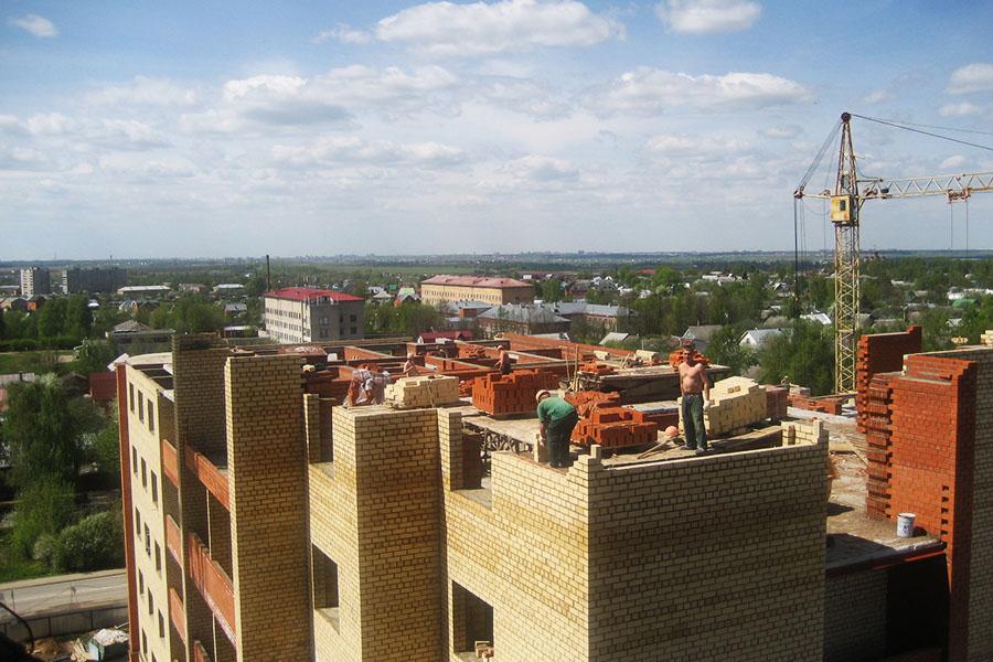 как строят кирпичные многоэтажные дома
